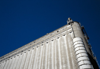 Untitled 82, Montréal, Silo No5,  archival ink jet print on tyvek stretched on frame (40x60 inches), 2000–2002